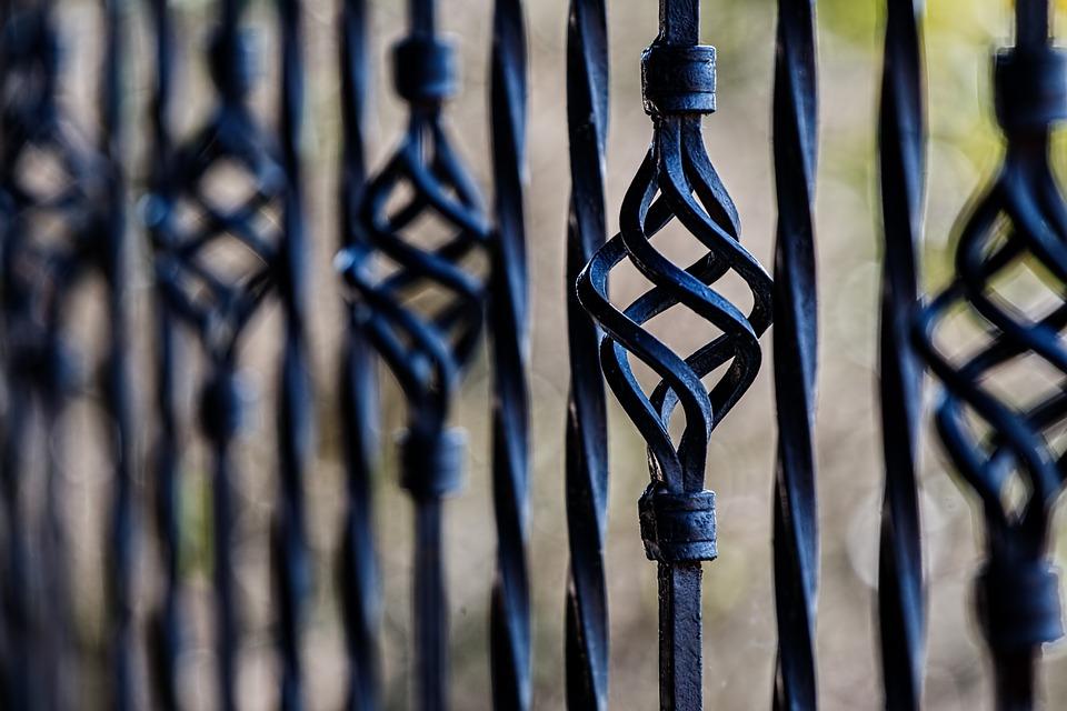 Czy na ogrodzenie metalowe wzory możemy zobaczyć?