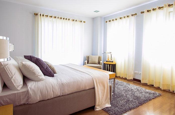 3 niezbędne meble do sypialni – o czym nie można zapomnieć?