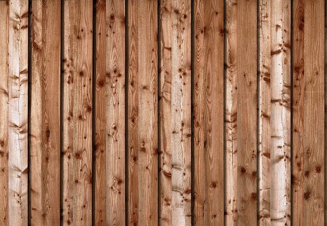 Stawiaj na drewno - wejście do domku