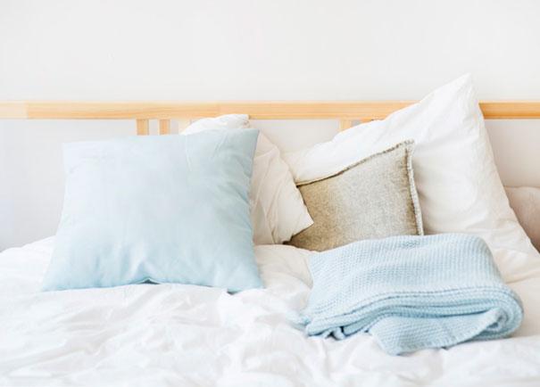 Jak wybrać bezpieczne i dobre łóżko dla dziecka