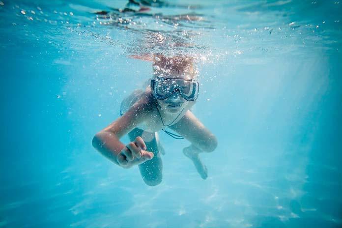 Odkurzacze basenowe